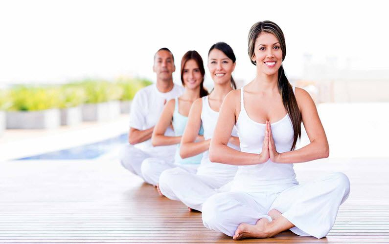 yoga teacher courses